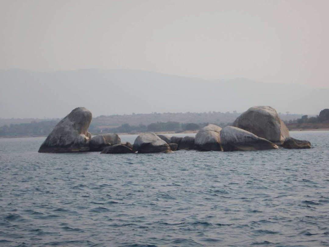 Sibwesa Rocks