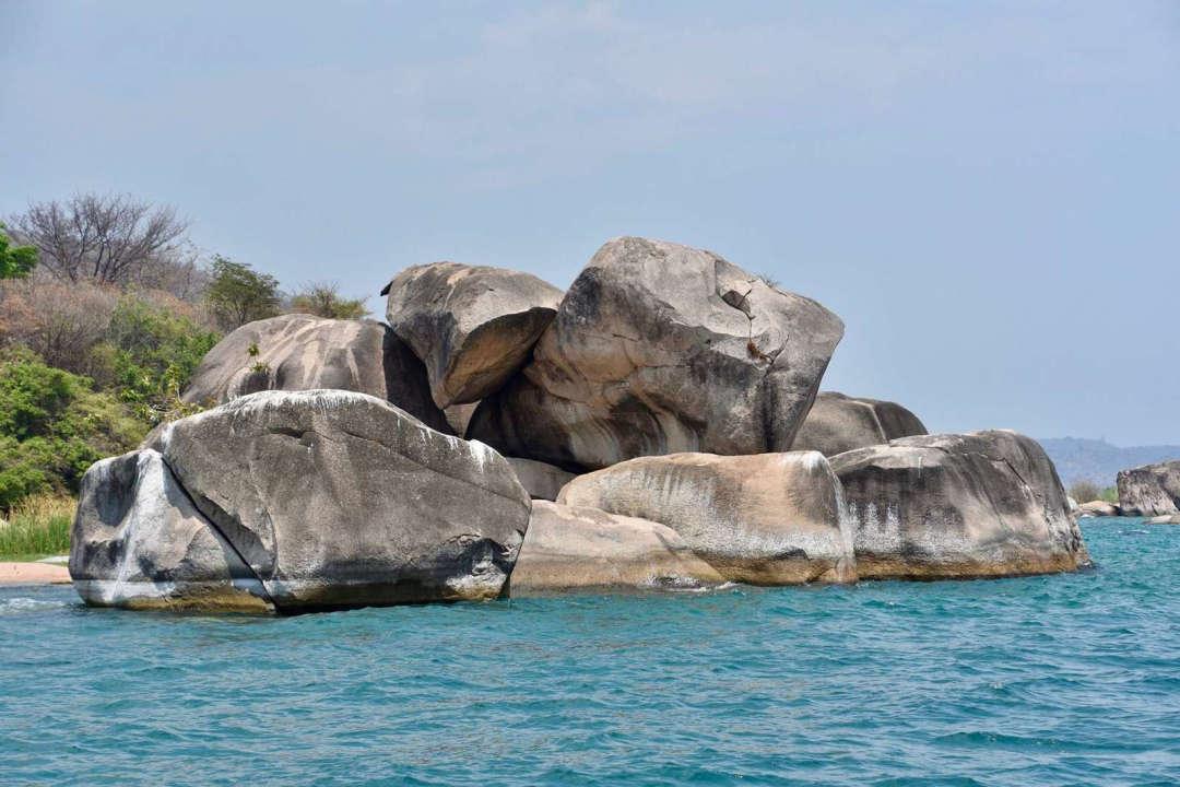 Kipil rocks около Ninde
